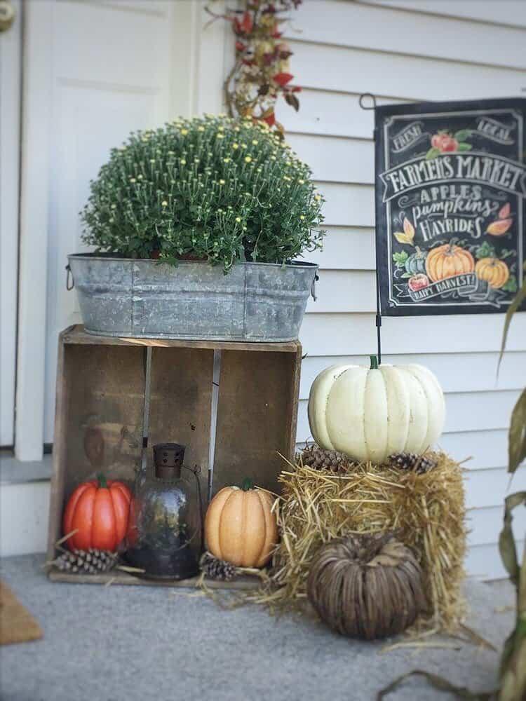 Rustic Farmhouse Fall Display