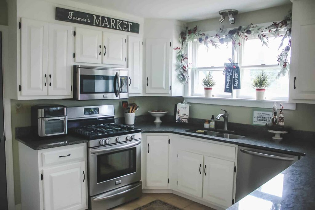 Holiday Home Tour, Modern Farmhouse Kitchen, Cottage Kitchen,