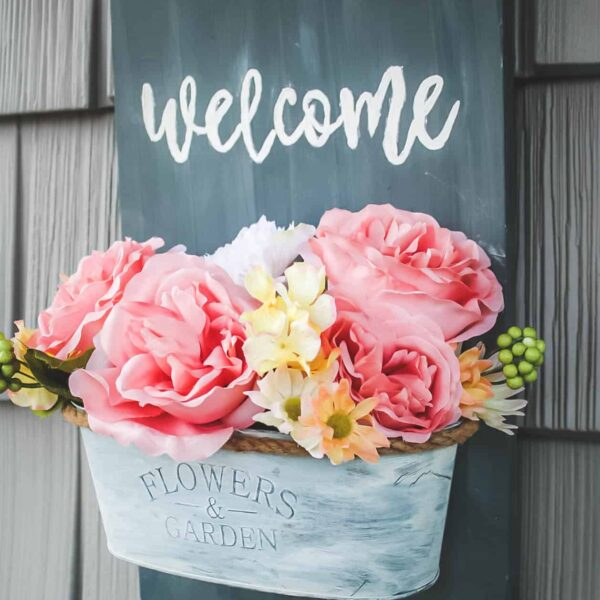DIY | Welcome Wall Planter Sign