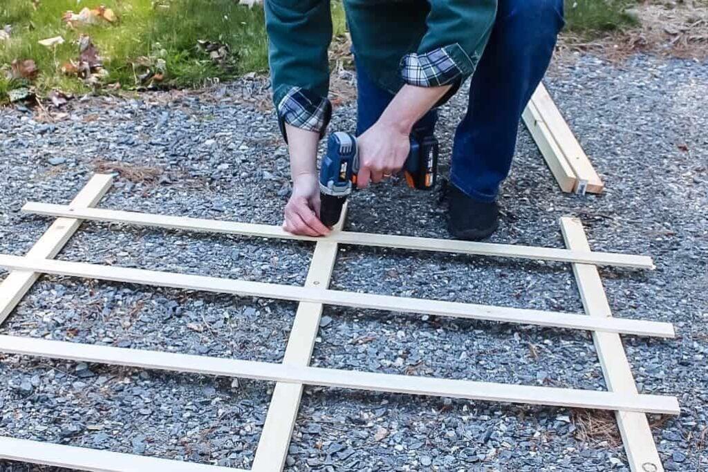 Folding Trellis measuring the boards