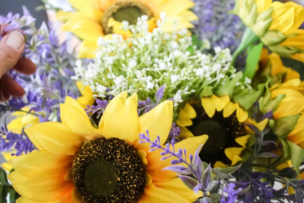sunflower arrangemet- baby's breath
