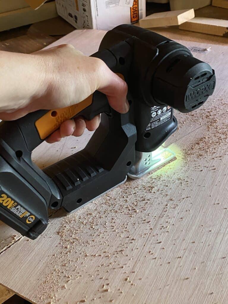 worx jigsaw cutting plywood