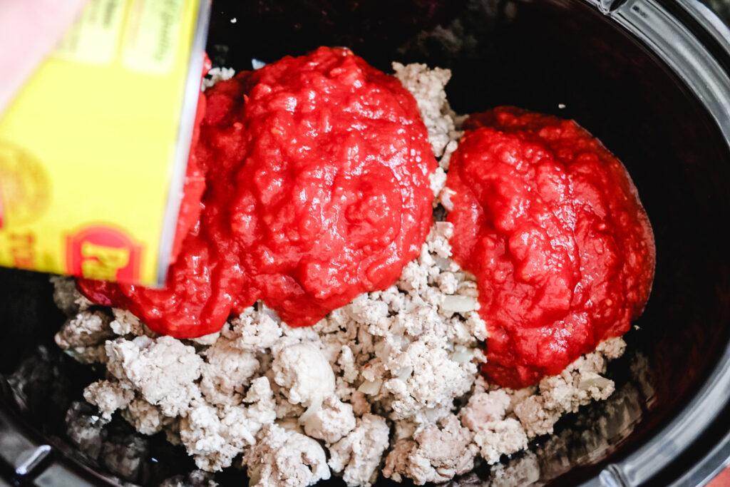 making turkey chili